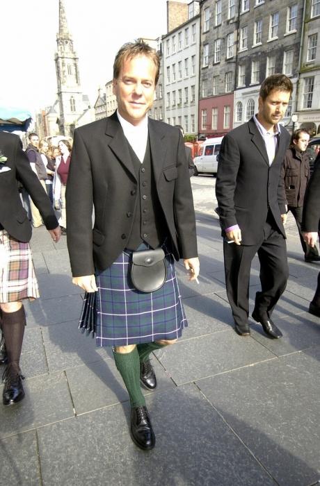 El actor Kiefer Sutherland está orgulloso de sus raíces escocesas y lo muestra cada vez que puede